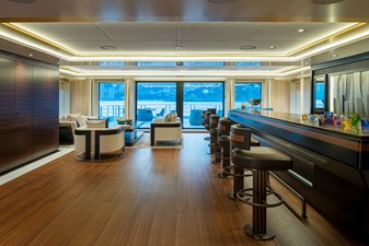 8, Bridge Aft Interior Lounge