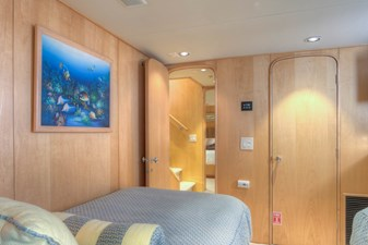 Bedroom 2f-2