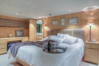 Master bedroom 1-2