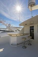 Wiggle Room_Enclosed Flybridge Aft Deck4