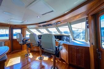 Wiggle Room_Enclosed Flybridge6