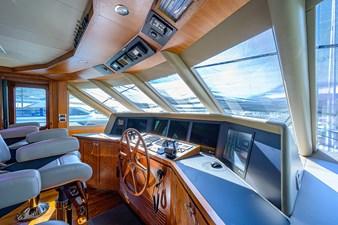 Wiggle Room_Enclosed Flybridge9