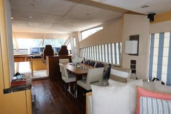 75-2015-Sunseeker-Yacht-12