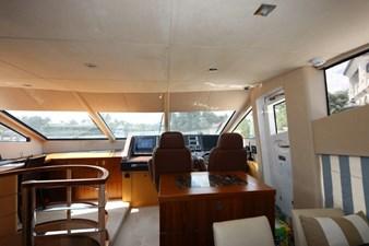 75-2015-Sunseeker-Yacht-21