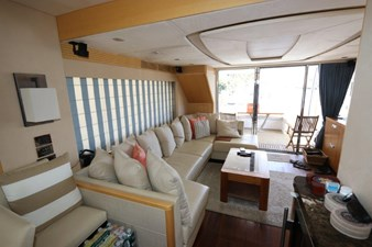 75-2015-Sunseeker-Yacht-29