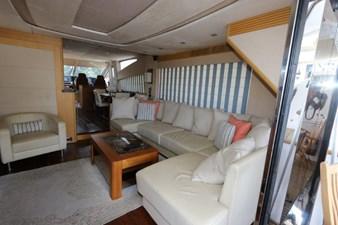 75-2015-Sunseeker-Yacht-31