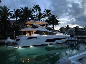 75-2018-Sunseeker-Yacht-05