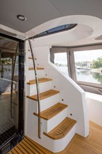 75-2018-Sunseeker-Yacht-10