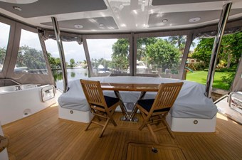 75-2018-Sunseeker-Yacht-11