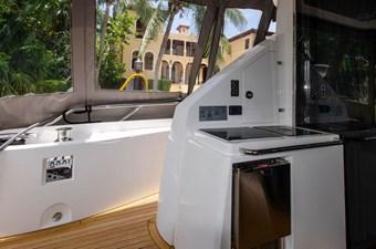 75-2018-Sunseeker-Yacht-12