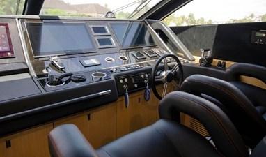 75-2018-Sunseeker-Yacht-15