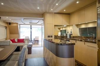 75-2018-Sunseeker-Yacht-19