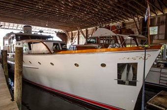68-1954-Trumpy-Cruiser-04