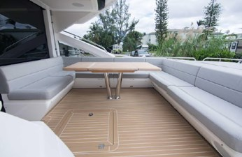 7_2018 68ft Sunseeker Predator