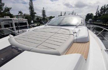 70_2018 68ft Sunseeker Predator