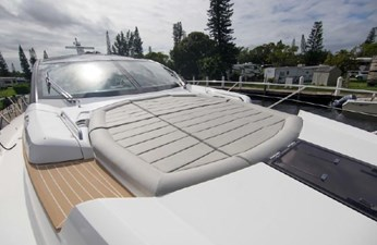 72_2018 68ft Sunseeker Predator