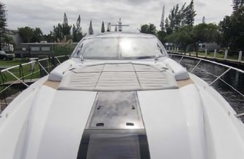 77_2018 68ft Sunseeker Predator