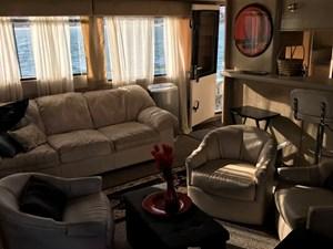 65-1989-Custom-La-Conner-Sky-Lounge-19