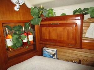 13-Pearl Salon Cabintry 2