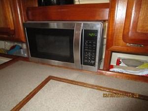 18-Pearl Microwave