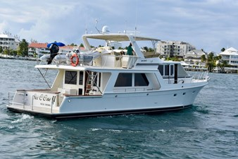 Six C One II 6 62-2000-Offshore-Yachts-Pilot-House-06