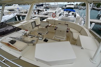 Six C One II 14 62-2000-Offshore-Yachts-Pilot-House-14