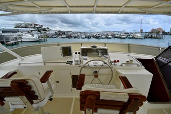 Six C One II 15 62-2000-Offshore-Yachts-Pilot-House-15