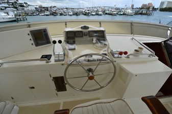 Six C One II 16 62-2000-Offshore-Yachts-Pilot-House-16