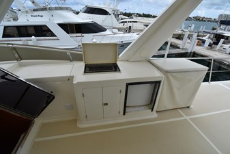 Six C One II 19 62-2000-Offshore-Yachts-Pilot-House-19