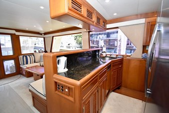 Six C One II 31 62-2000-Offshore-Yachts-Pilot-House-31