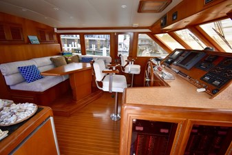 Six C One II 35 62-2000-Offshore-Yachts-Pilot-House-35