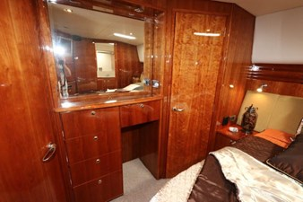 58-2004-Riviera-Enclosed-Flybridge-20