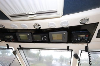 58-2004-Riviera-Enclosed-Flybridge-30