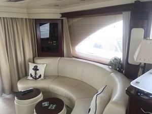 Salon - Port Seating