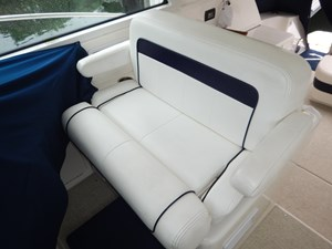Helm Seating