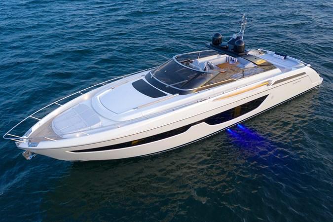 2-Riva-Bahamas-43w
