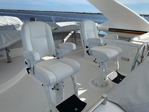 Flybridge Helm and Companion Seats