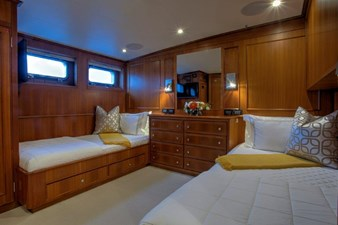 Port Side Twin Guest Stateroom