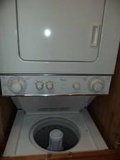 FAMILY TRADITION 17 Companionway Laundry