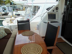 FAMILY TRADITION 38 Aft Deck