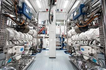 AQUARIUM 42 Engine Room
