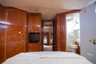 Enchanted Lady 32 VIP Stateroom