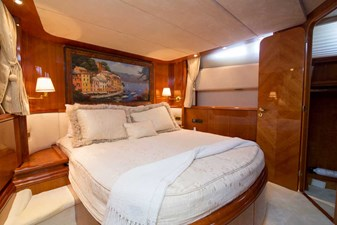 Enchanted Lady 31 VIP Stateroom
