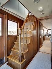 2011 85 Burger - Stairwell to Salon