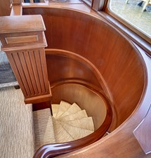 2011 85 Burger - Master SR Stairwell (1)