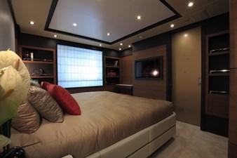 Lady MRD 8 Benetti-Lady-M_interiors_lower-deck-9