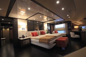 Lady MRD 15 Benetti-Lady-M_interiors_Main-deck-11