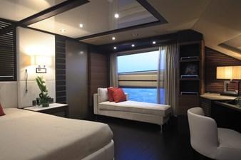 Lady MRD 16 Benetti-Lady-M_interiors_Main-deck-14