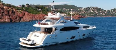 Sunseeker-30-Metre-Yacht-Tuppence---Side-Profile---Red-Rocks