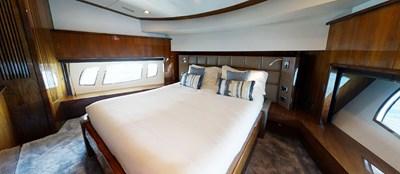 Sunseeker 30 Metre Yacht - Master Cabin - Tuppence